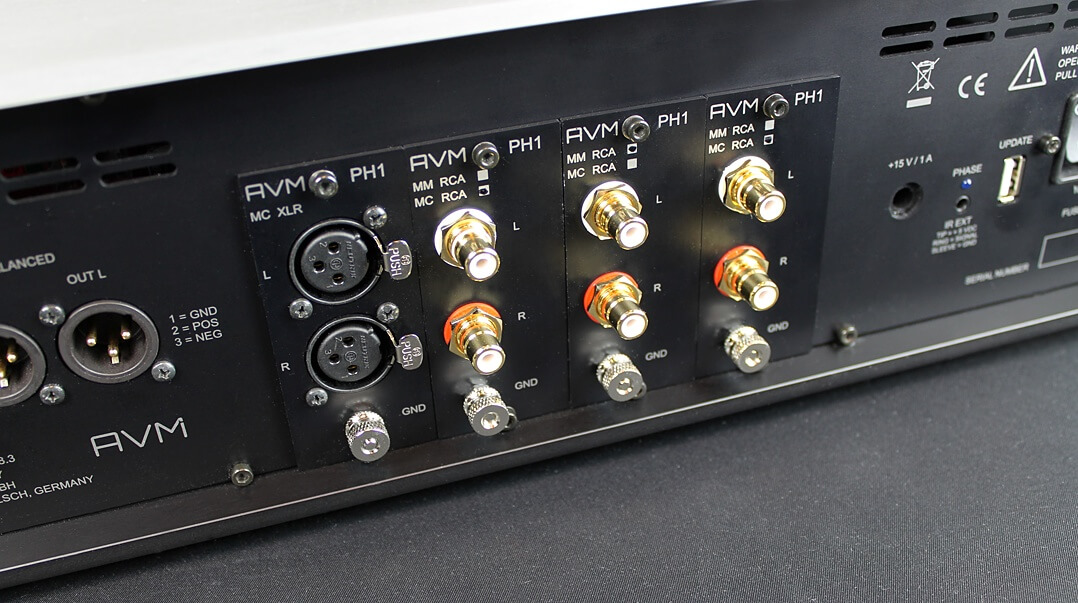 AVM Ovation PH 8.3 - Cinchanschlüsse