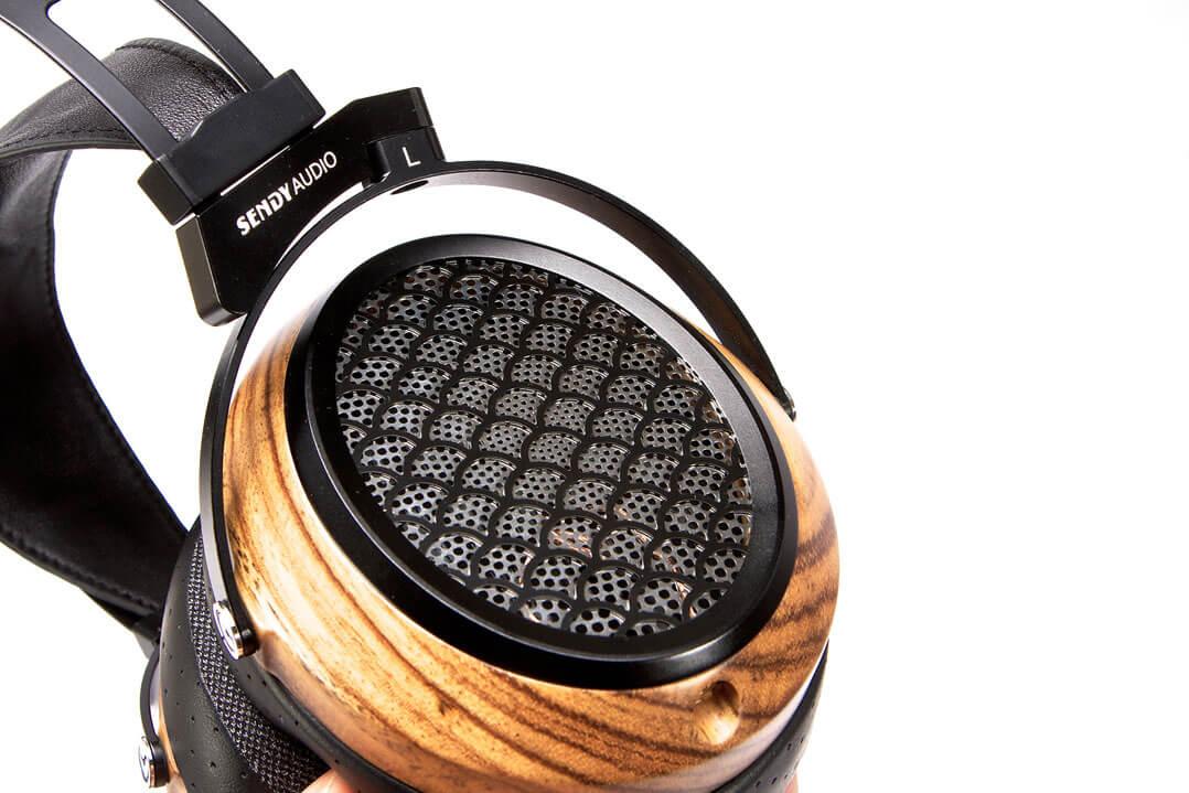 Sendy Aiva Kopfhörer - Ohrkapsel außen