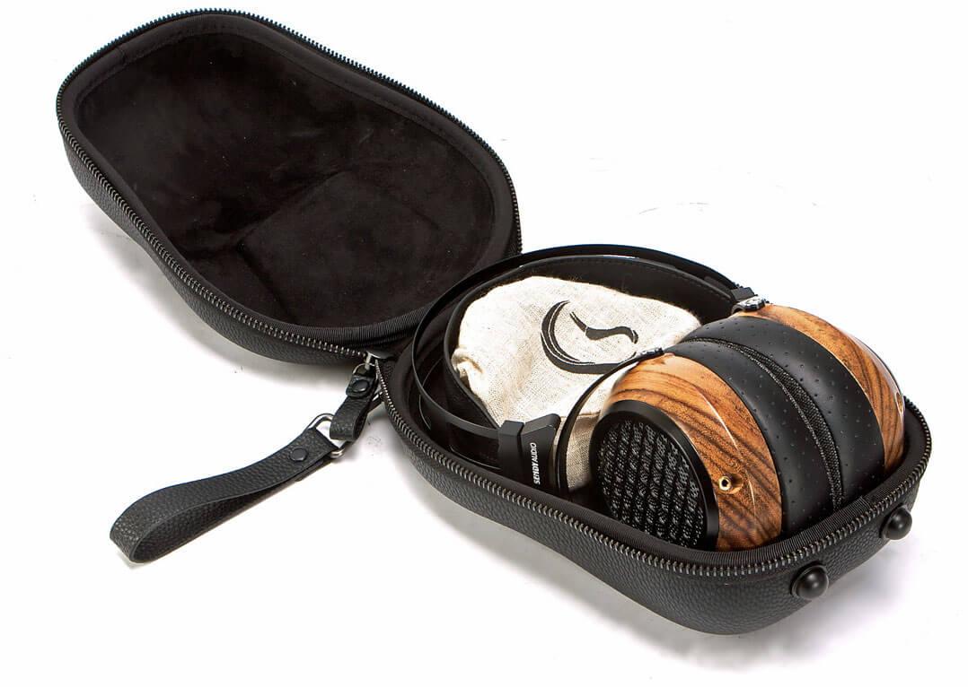Sendy Aiva Kopfhörer mit Case