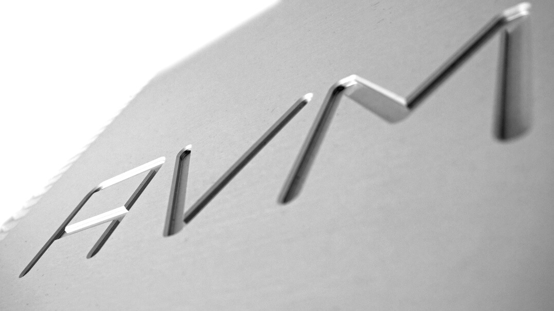 AVM Ovation A 6.2 Master Edition - Logo Gravur
