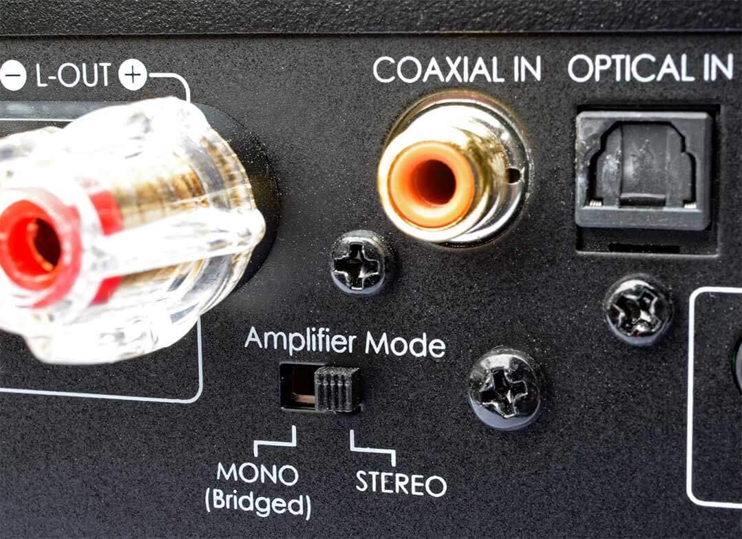 Was soll's denn sein? Der IOTAVX SA3 erlaubt Stereo- und Mono-Betrieb