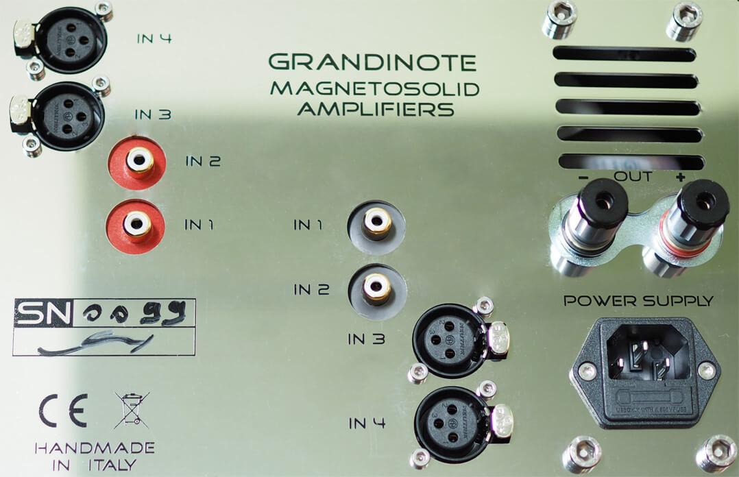 Grandinote Shinai - Cinch und XLR-Anschlüsse