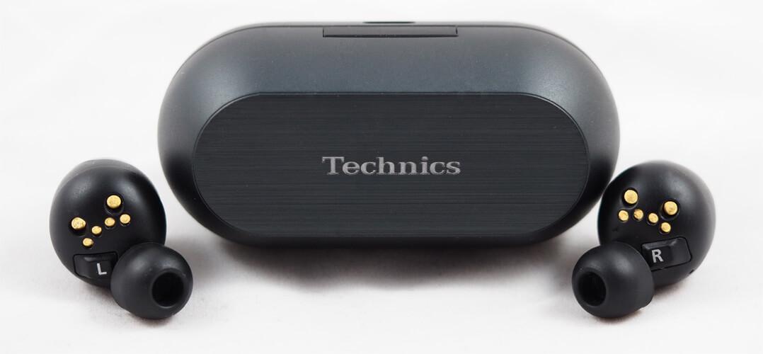 Technics EAH‑AZ70W mit Ladebox