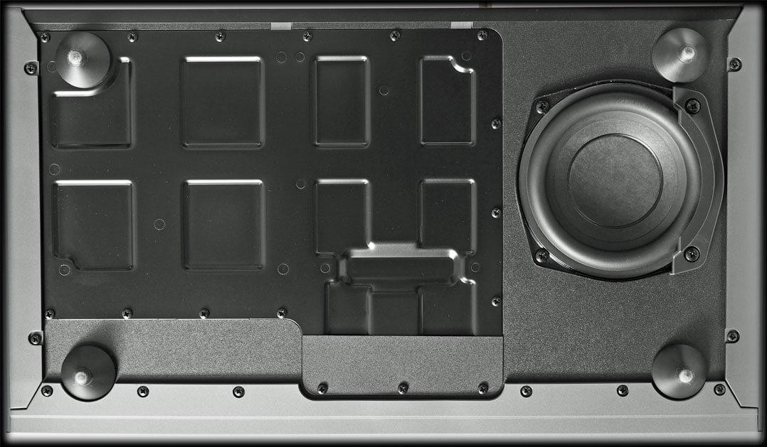 Technics SC-C70MK2 Unterseite