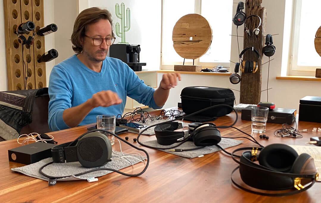 Am reich gedeckten Tische: Initiator Thomas Halbgewachs von der Headphone Company