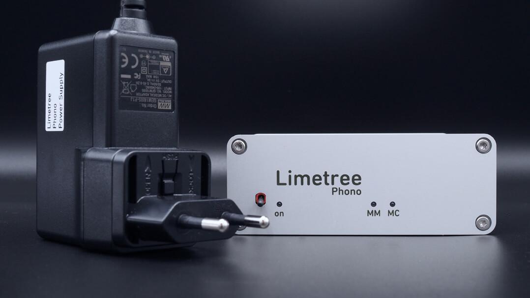 Lindemann Limetree Phono II neben dem Netzteil