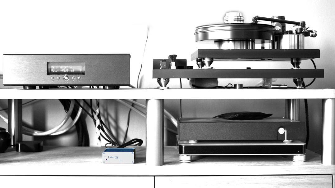 Lindemann Limetree Phono II im Hifi-Rack