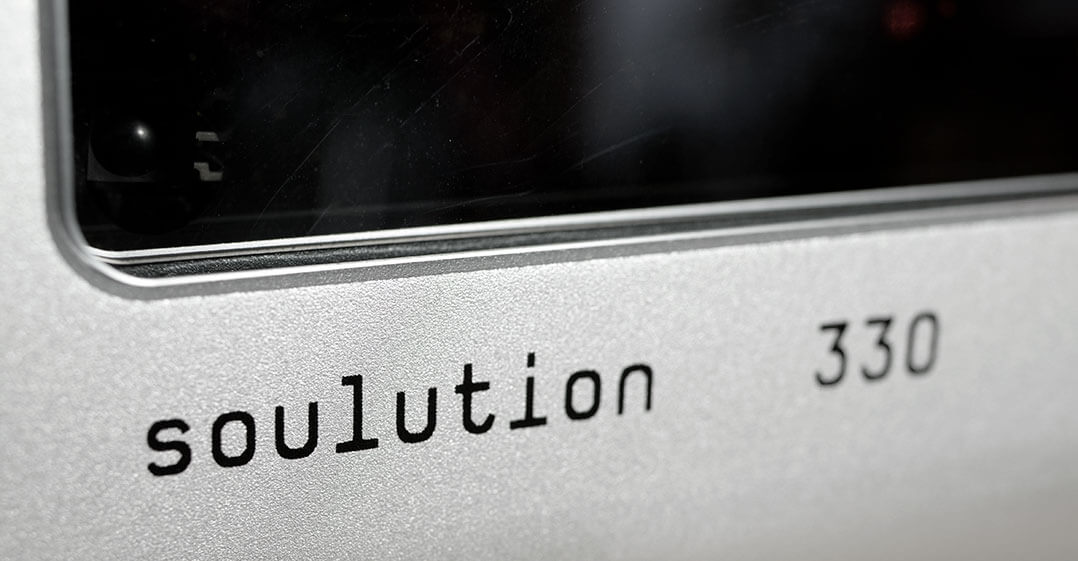 Soulution 330 - Schriftzug