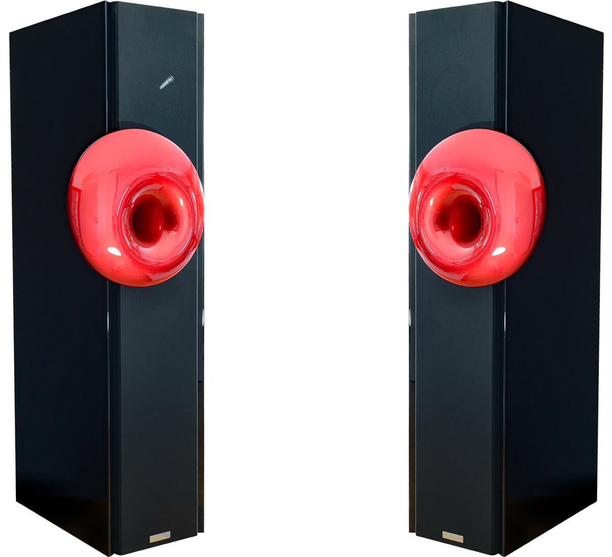 Die Acapella High BassoNobile MKII ist ein wahrlich ausgewachsener Lautsprecher. Im Mitten-Hochton-Zweig kommt ein spezielles Horn zum Einsatz