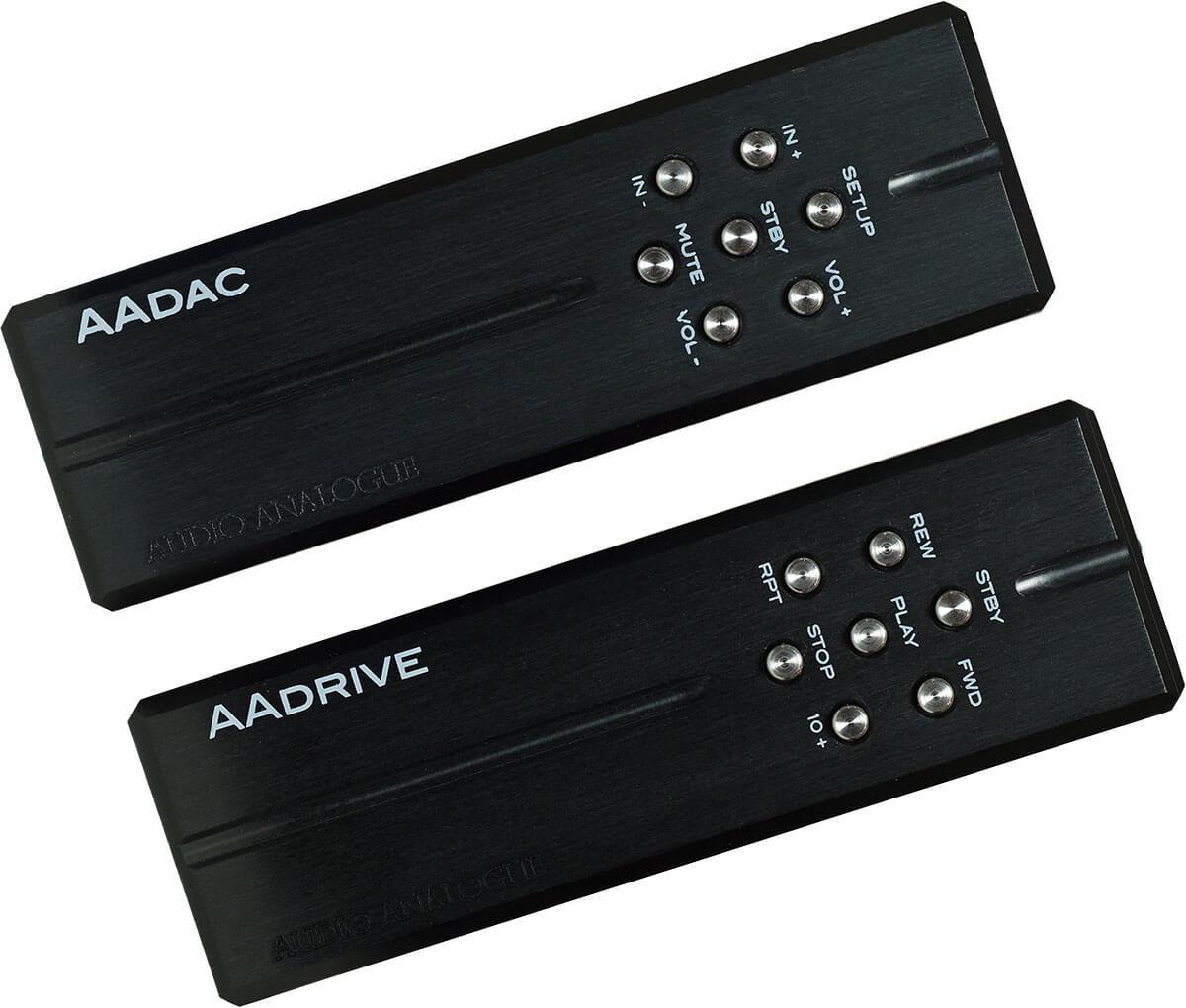 Die Fernbedienungen von AAdac und AAdrive sind sehr ähnlich