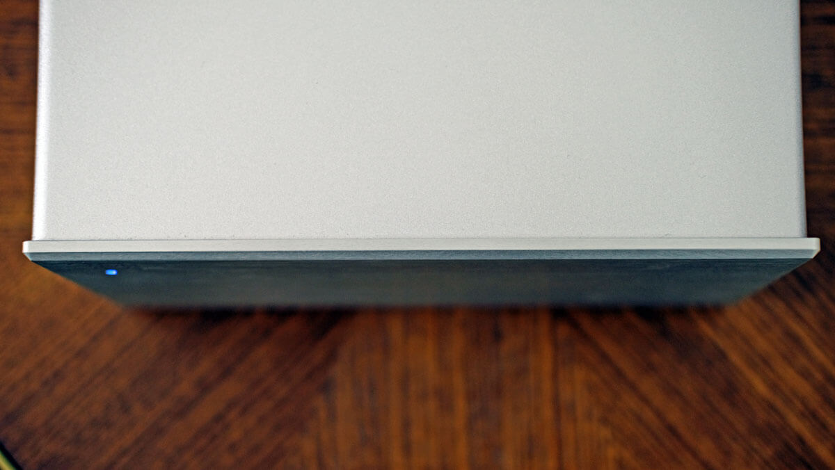 AVM MA 30.3 Frontplatte aus Aluminium