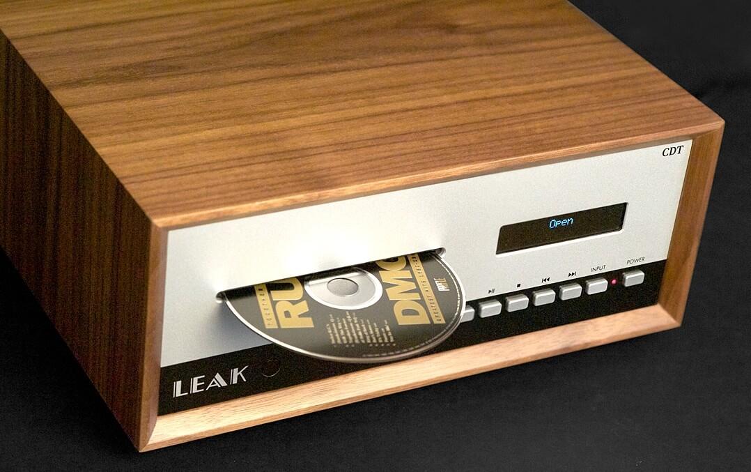 Der Leak CDT mit CD im Slot-in-Laufwerk