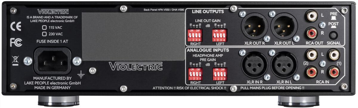 Violectric HPA V550 Preamp und Kopfhörerverstärker: Auf der Rückseite sieht man die Mäuseklaviere zur Pegelanpassung