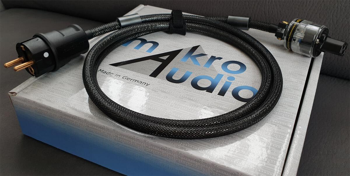 Makroaudio MC-250 MKII Netzkabel Black Edition