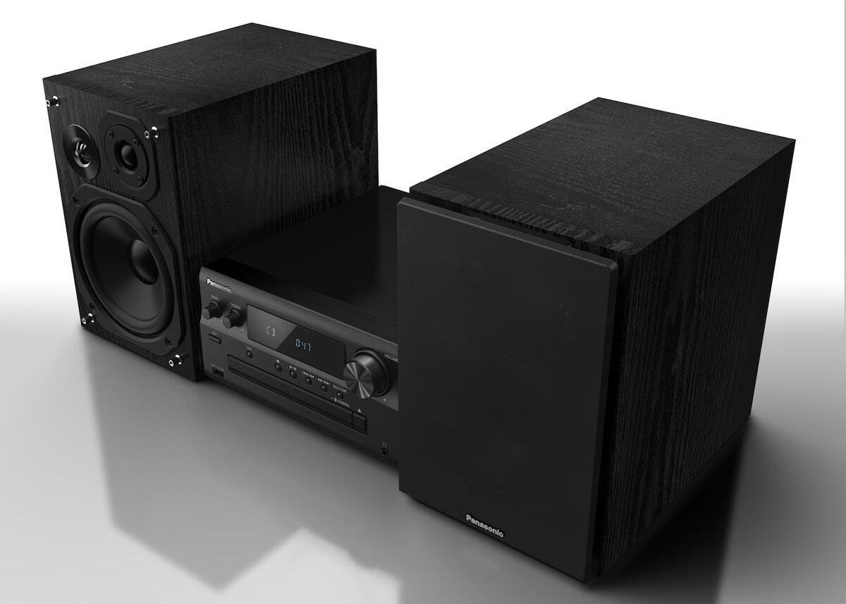 Panasonic SC-PMX802 mit Blick auf die drei Treiber der zugehörigen Lautsprecher ohne Abdeckung