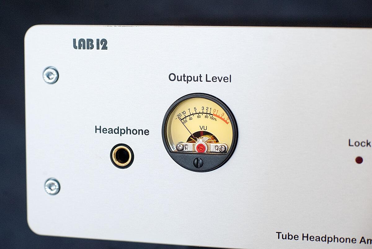 Das VU-Meter des Lab12 hpa sorgt für eine gewisse Retro-Stimmung
