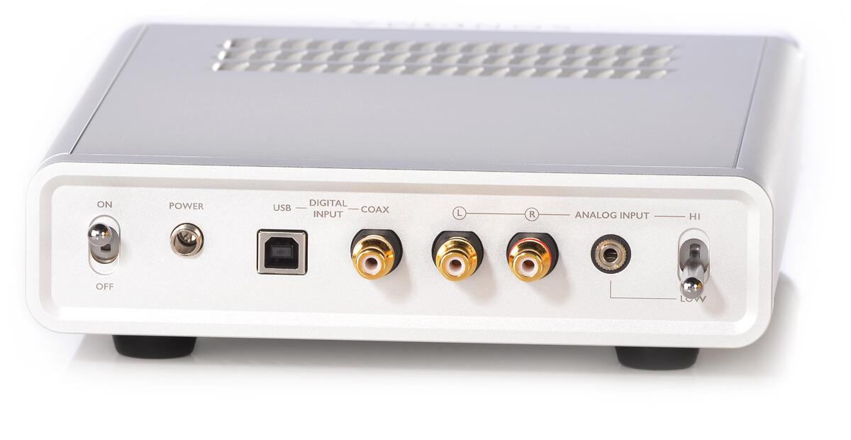 Warwick Sonoma M1 DAC/Verstärker - je zwei digitale und analoge Eingänge werden geboten, die analoge Klinkenbuchse kann sogar mit schaltbarem Eingangspegel genutzt werden