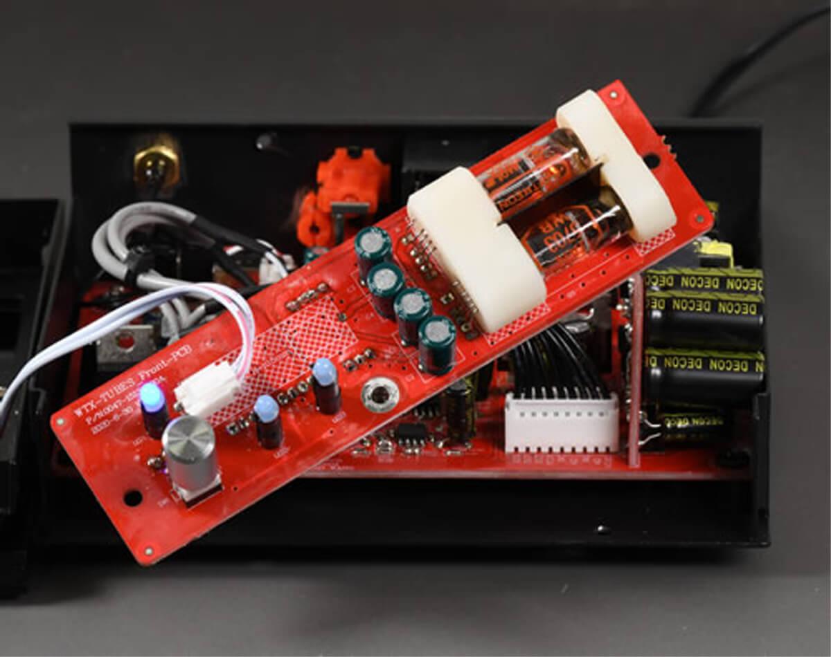 Advance Paris WTX-Tubes Bluetooth-Empfänger - Blick auf die Platine mit den Miniaturröhren