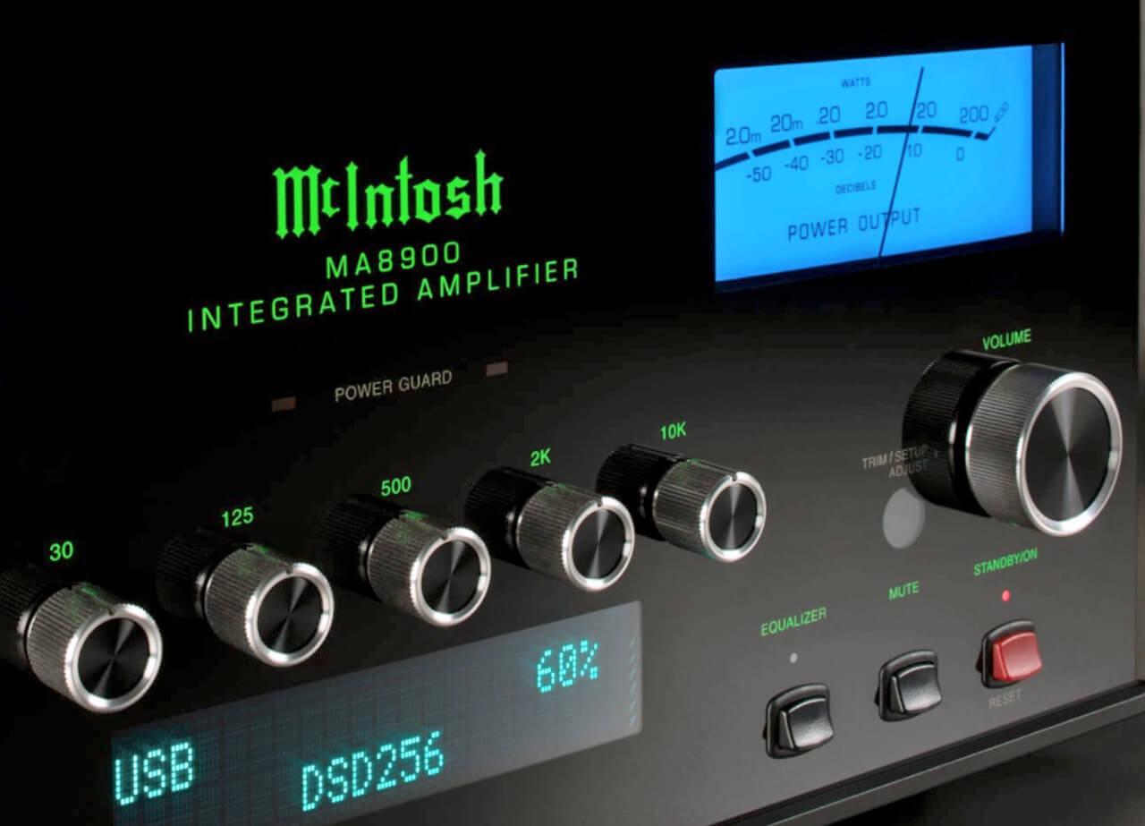 McIntosh MA8900 AC Regler auf der Front