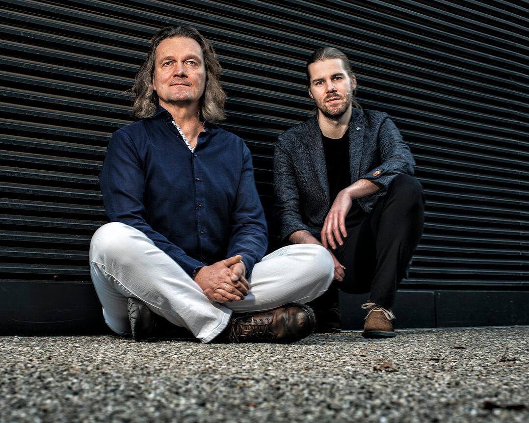 Philipp Schiepek & Walter Lang