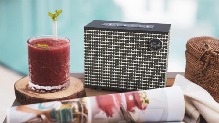 Klipsch Heritage Groove Lautsprecher und T5 II True Wireless Kopfhörer