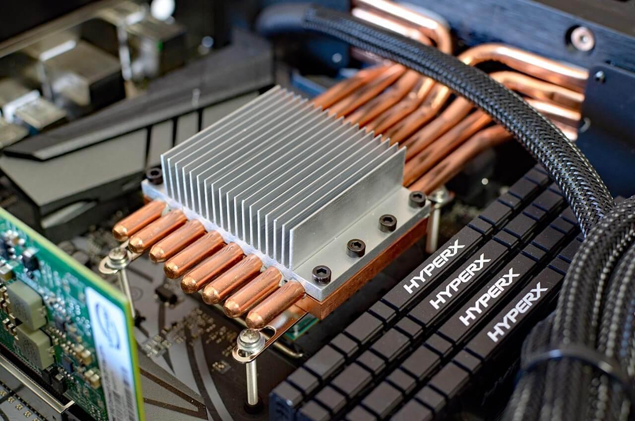 Die CPU im Pink Faun Streamer 2.16 wird passiv flüssiggekühlt