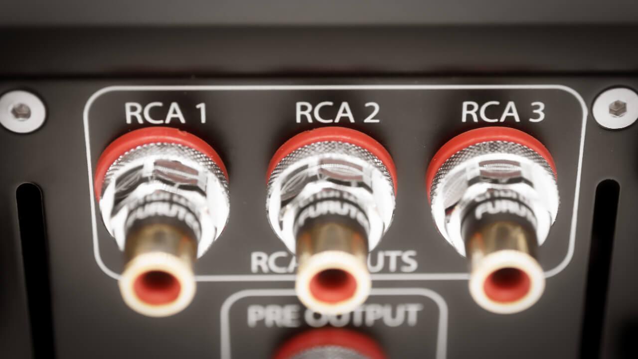 RCA-Buchsen des Alluxity Int One mkII