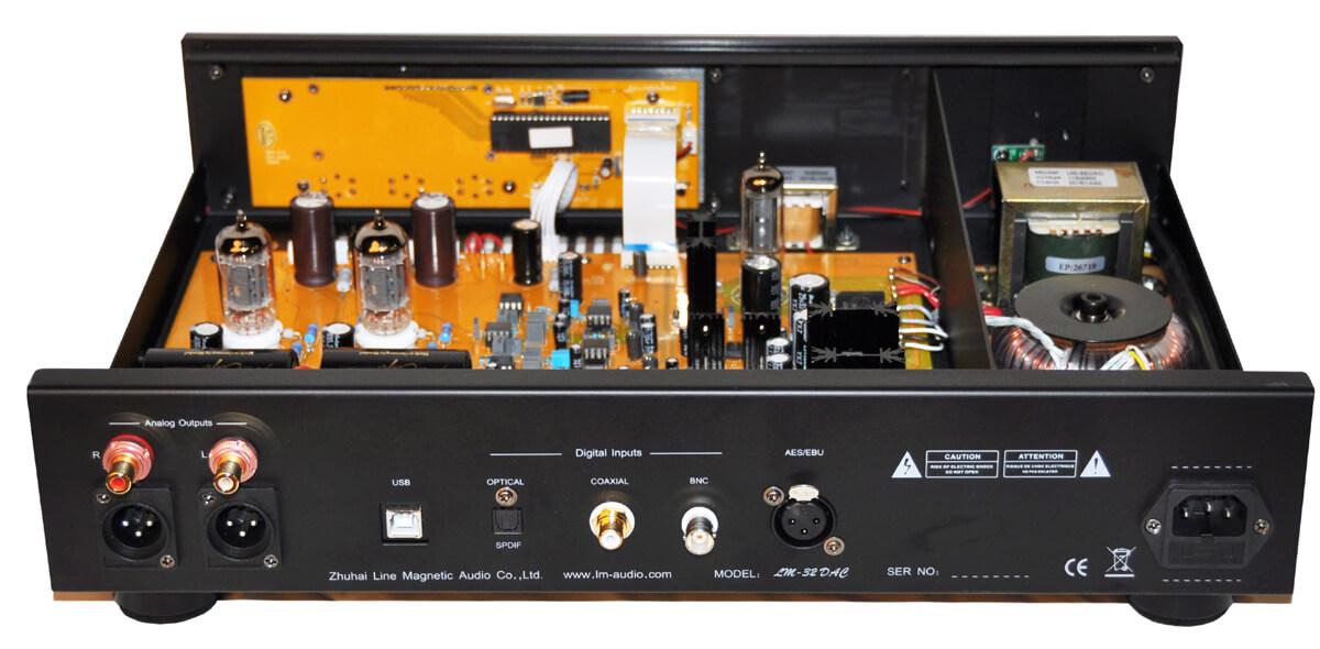 Line Magnetic LM-32DAC: Aufgeräumtes Innenleben mit separaten Stromversorgungen für Digital- und Analogteil