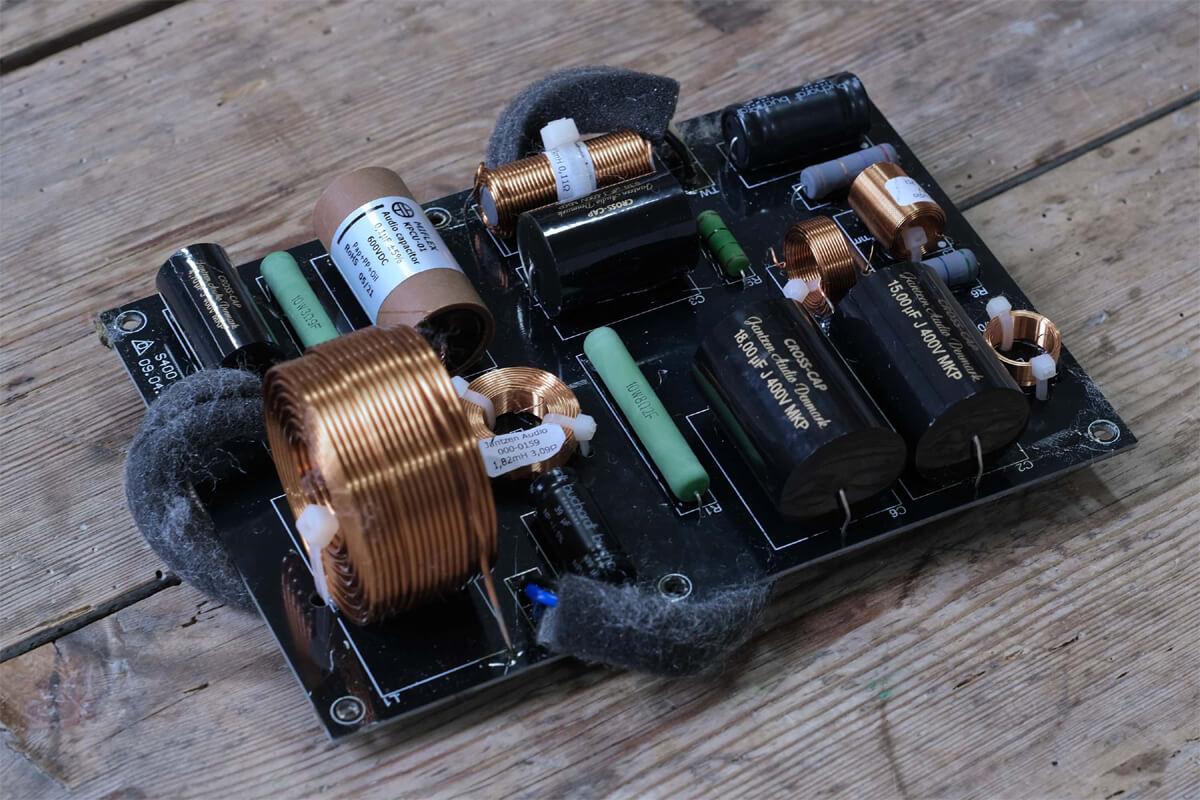 Buchardt Audio S400 MKII Lautsprecher Frequenzweiche