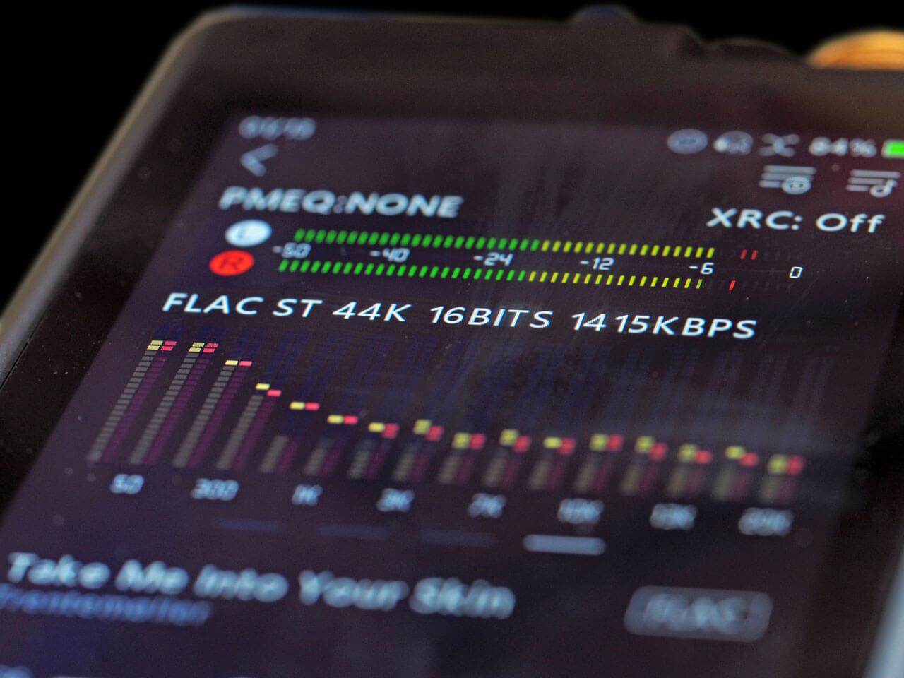 Lotoo PAW Gold Touch: Frequenzpegelanzeige und Equalizer-Funktion