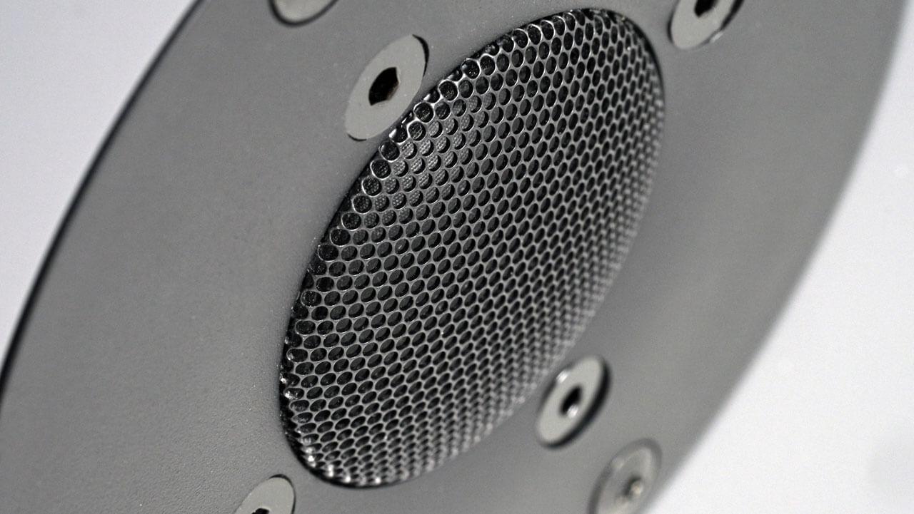 Schutzgitter der Hochtonkalotte der Nubert nuBoxx B-40