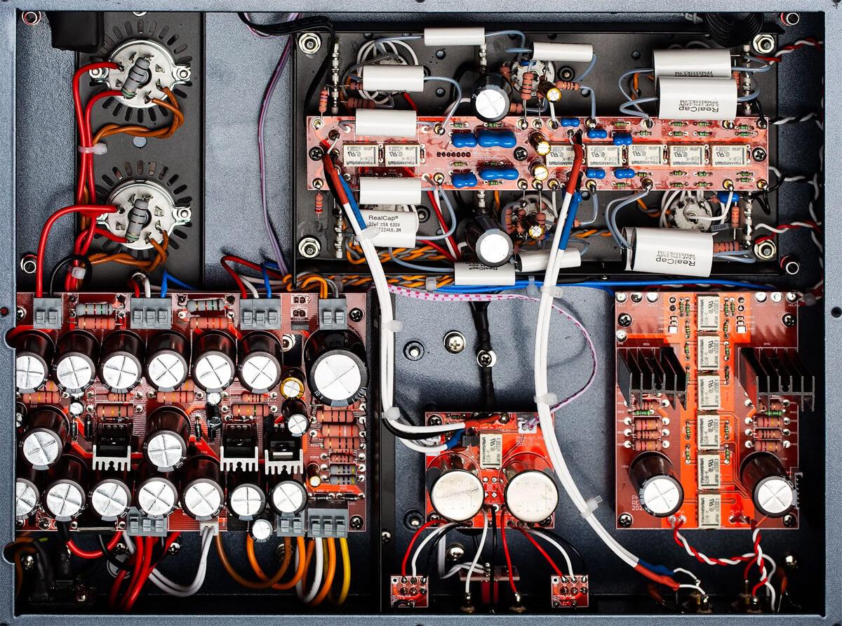 Cayin CS-6PH Röhren-Phonovorverstärker: Innenleben/Schaltung