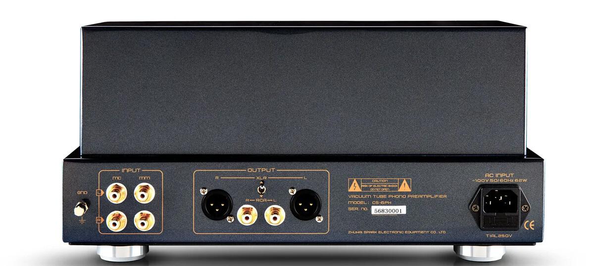 Cayin CS-6PH Röhren-Phonovorverstärker Rückseite mit mit MM- und MC-Inputs sowie XLR- und Cinch-Abgriffen