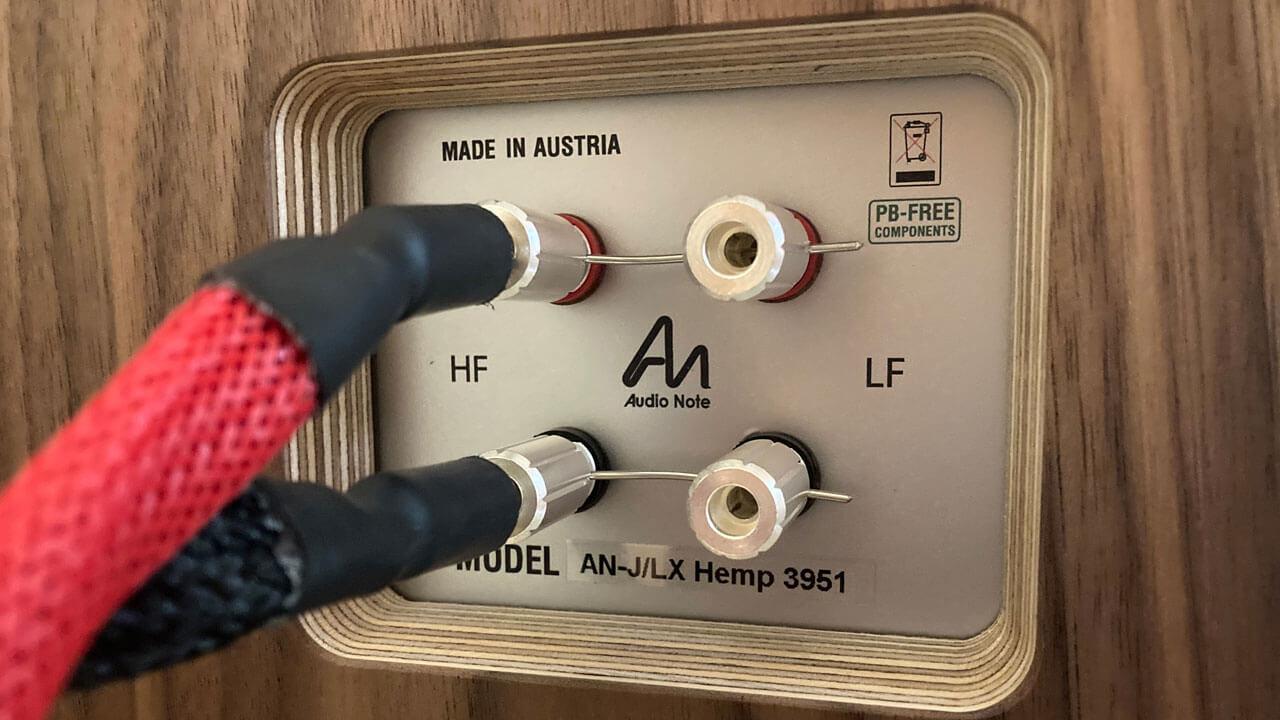 Audio Note AN-J/LX HEMP: Terminal mit Lautsprecherkabel