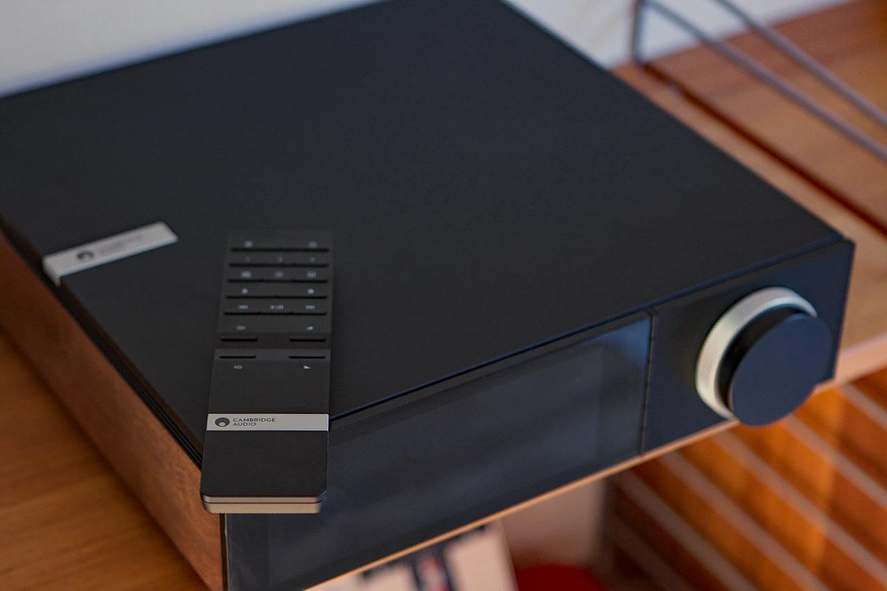 Cambridge Audio EVO 150 im Regal