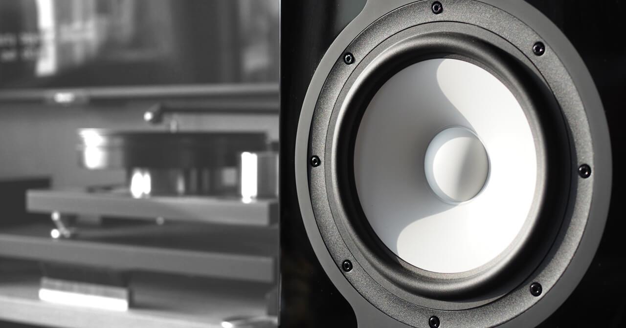 Revel Performa F328Be: Basstreiber mit Keramikbeschichtung