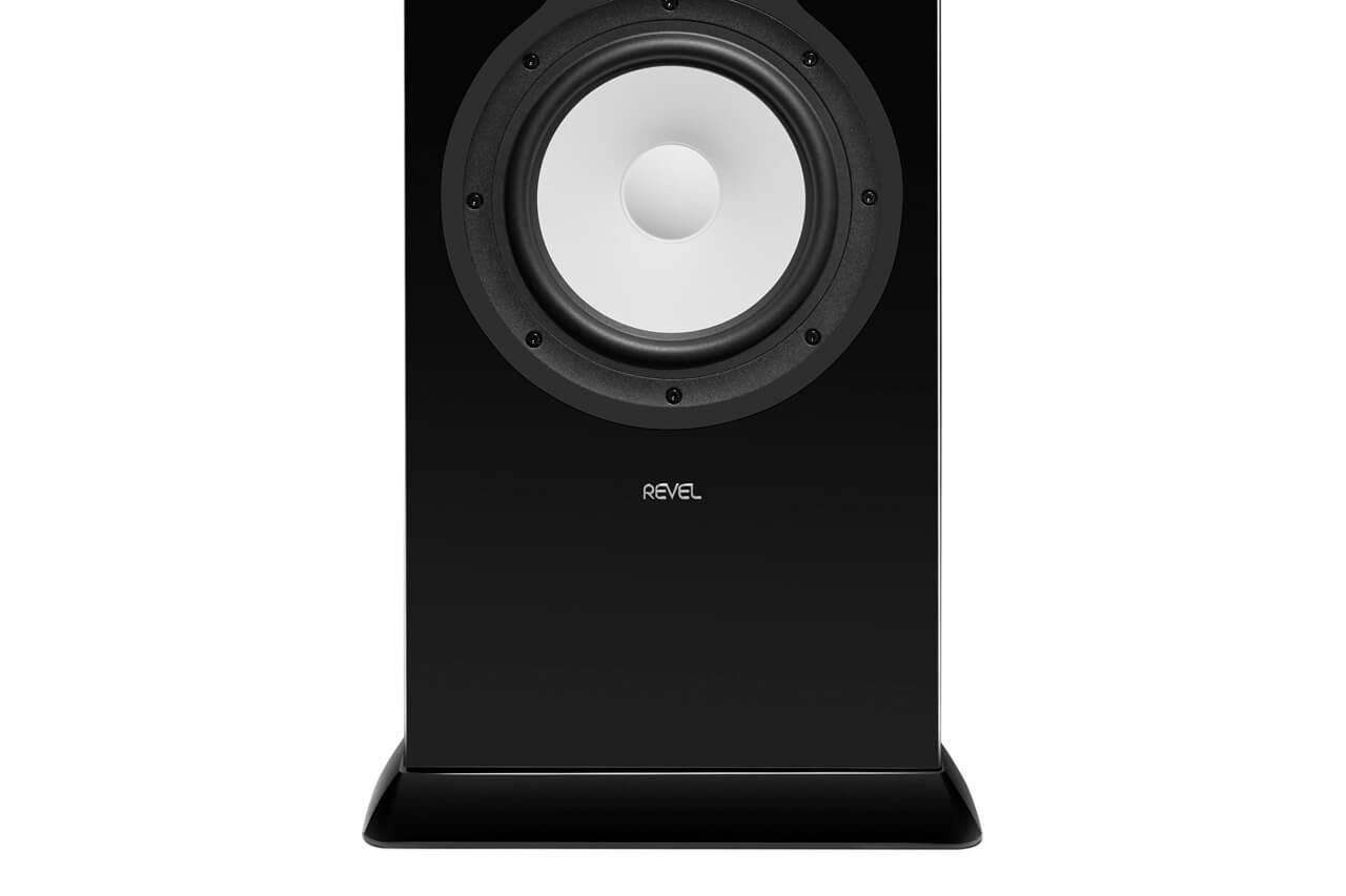 Revel Performa F328Be: unterer Bereich der Schallwand mit Basstreiber