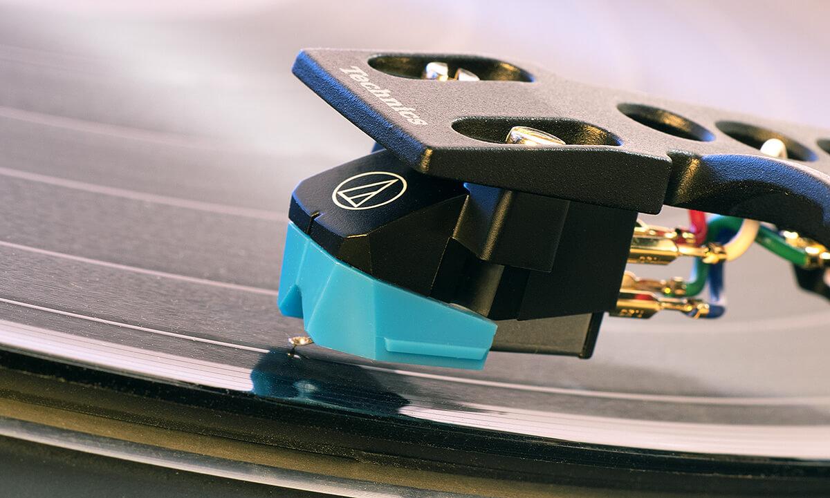 Audio-Technica AT-VM95 am Technics SL-100C