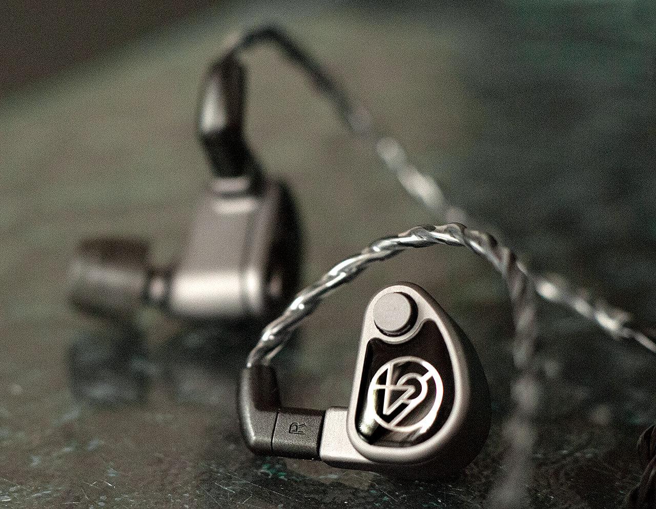 64 Audio U6t: Faceplate und Kabelkontakt