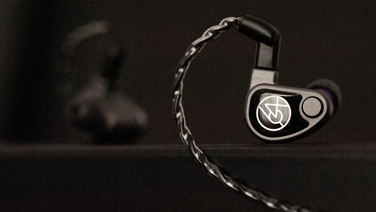 64 Audio U6t In-Ear-Monitor/Kopfhörer - Faceplate und Kabelführung