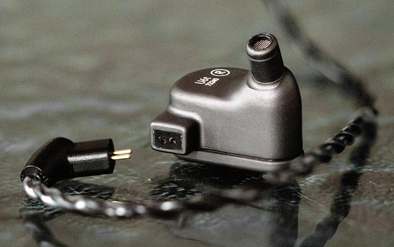 64 Audio U6t In-Ear-Monitor/Kopfhörer: Steckkontakt des austauschbaren Kabels