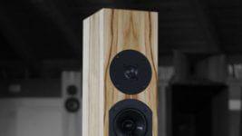 Blumenhofer Acoustics Fun 10 Standlautsprecher und Groove Into Bits Vol. 1 CD-Sampler