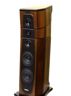 Genuin Audio High End 2014 - mit Produkten von Perreaux, AudioSolutions und Swisscables